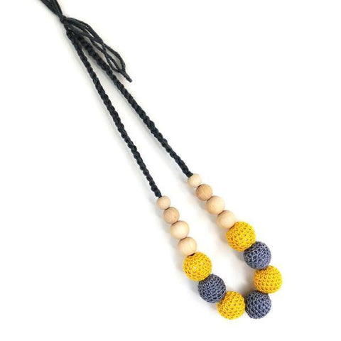 Munch Natural Teething & Breastfeeding Necklace