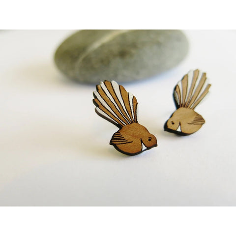 Fantail Rimu Stud Earrings