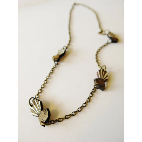 Small Fantail Chain Necklace
