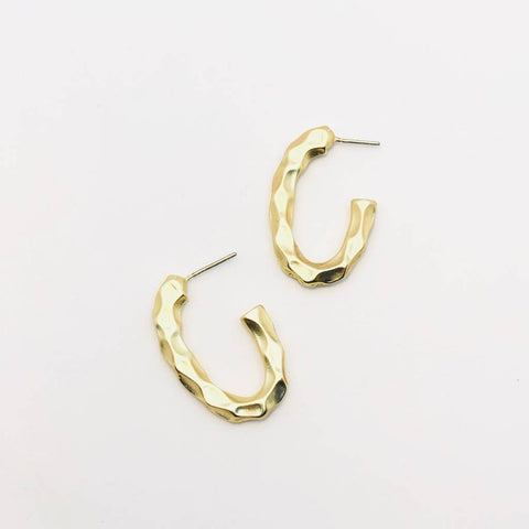 Irregular Twist 3/4 Hoop
