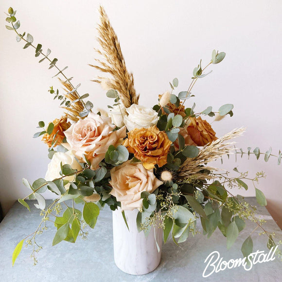 Bloomstall Dozen Roses - Grand