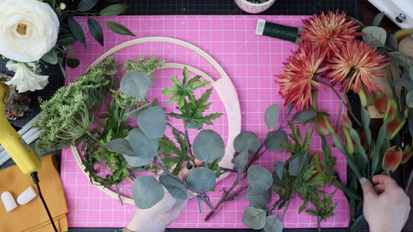How to Make a Floral Wreath Rogue Petal Co DIY Video