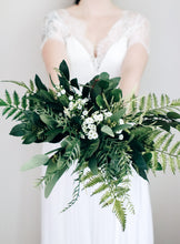 Load image into Gallery viewer, Billie Medium Bridal Bouquet