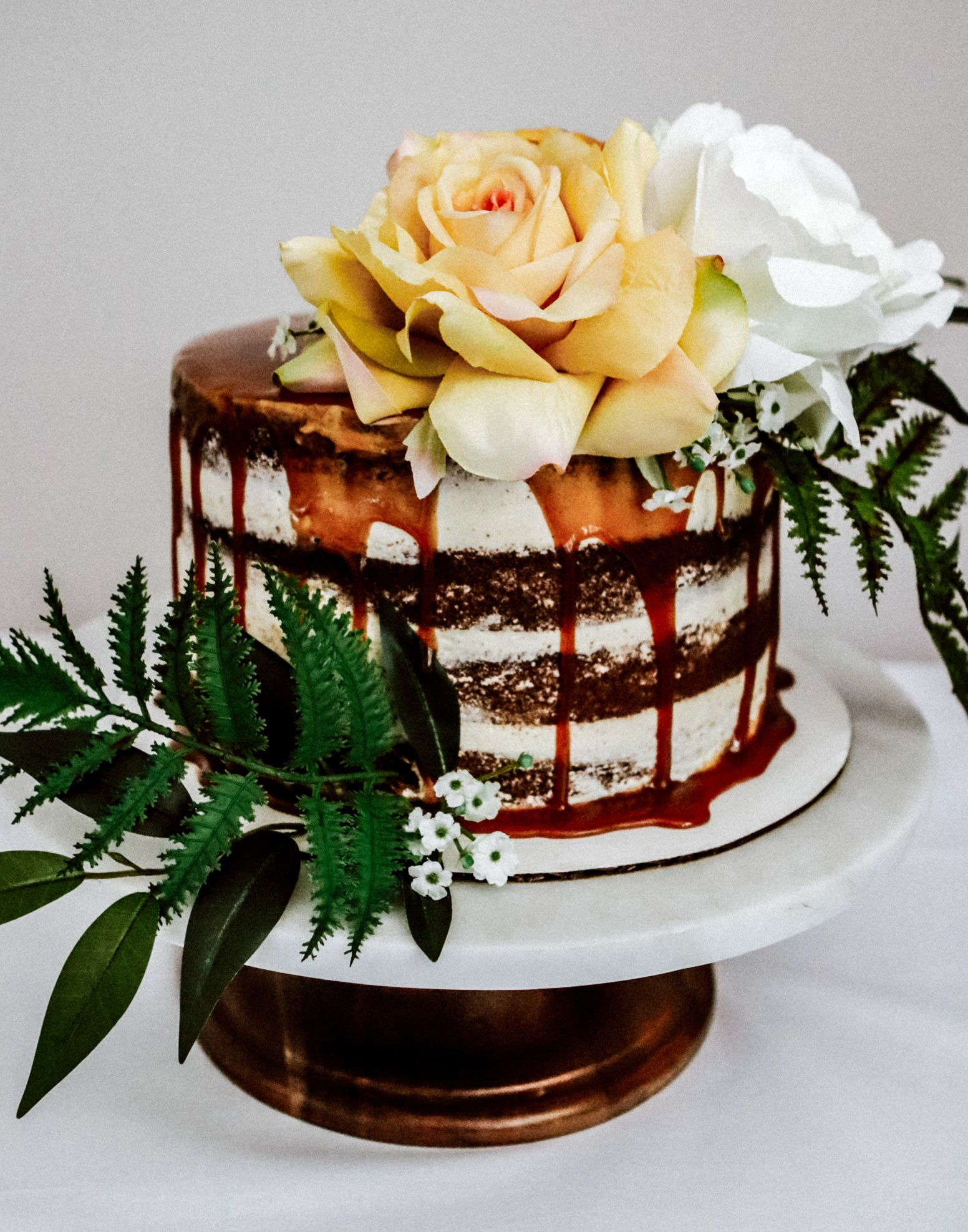 Chloe Cake Florals