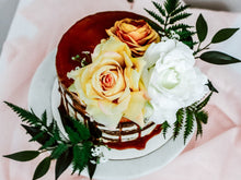 Load image into Gallery viewer, Chloe Cake Florals
