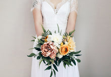 Load image into Gallery viewer, Chloe Medium Bridal Bouquet