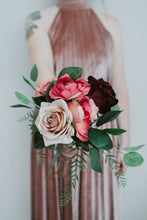 Load image into Gallery viewer, Elsie Bridesmaid/Tossing/Sample Bouquet