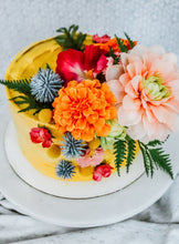 Load image into Gallery viewer, Florence Cake Florals