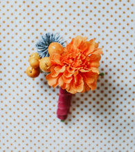 Load image into Gallery viewer, Florence Boutonniere #2