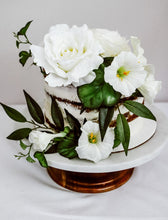 Load image into Gallery viewer, Prudence Cake Florals