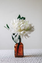 Load image into Gallery viewer, Prudence Bud Vase Filler #1