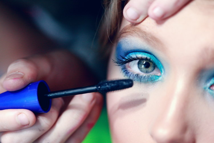 Has Anyone Bought Blue Mascara Since The 80's?