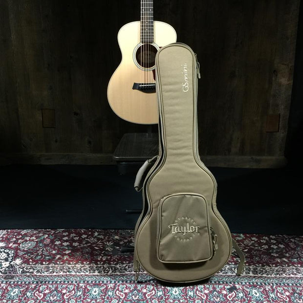 Taylor GS Mini-e Walnut (8501)