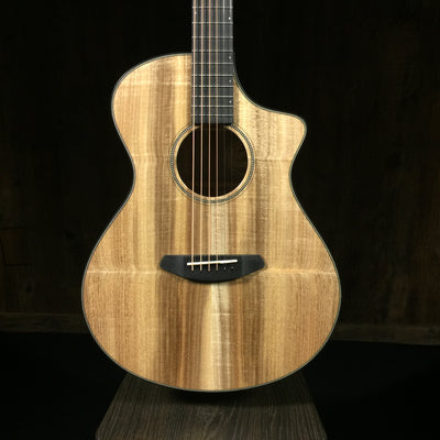 Breedlove Oregon Concert CE Myrtlewood Natural