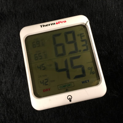 MV Humidity & Temperature Monitor