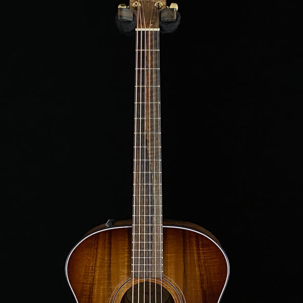 Taylor Grand Auditorium AA Koa (0135)