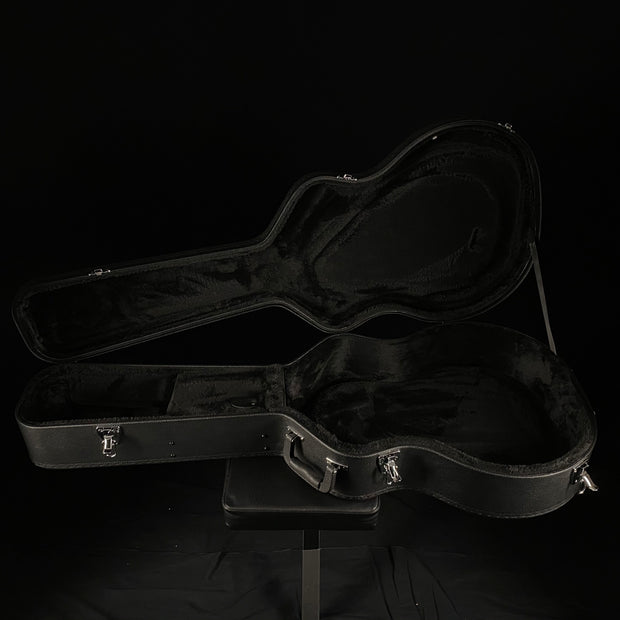 Gretsch G2420T Streamliner Hollow Body Case