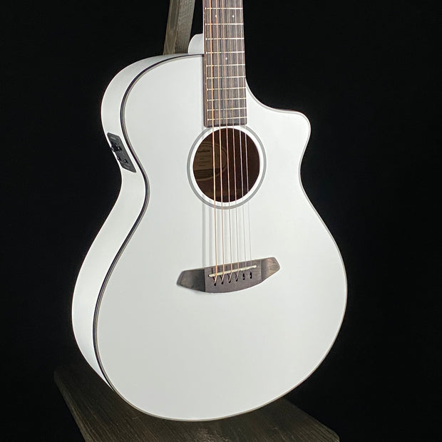 Breedlove Discovery Concert CE Satin White (5007)