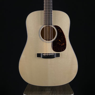 Martin Custom Shop 18 Style Dreadnought Adirondack Top (2152)