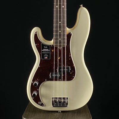 American Professional II Precision Bass Lefty (1110)