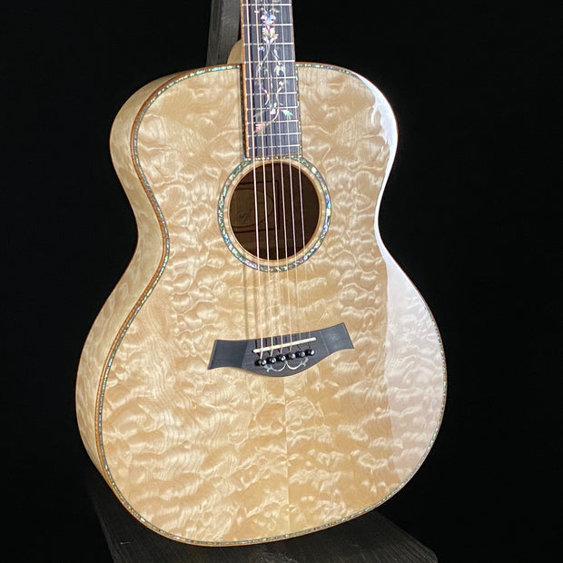 Taylor 2012 Custom Quilted Maple Grand Auditorium (Consignment)