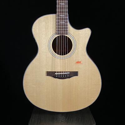 Kepma Solid Top Grand Auditorium w/ AcoustiFlex Pickup (MH0P)