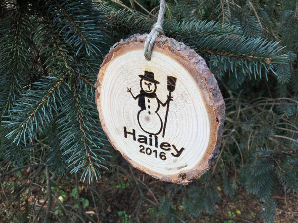 Personalized Kids Christmas Ornament Snowman Custom Engraved Wood Slice Country Rustic Pine Christmas Tree Decorations for Boys or Girls