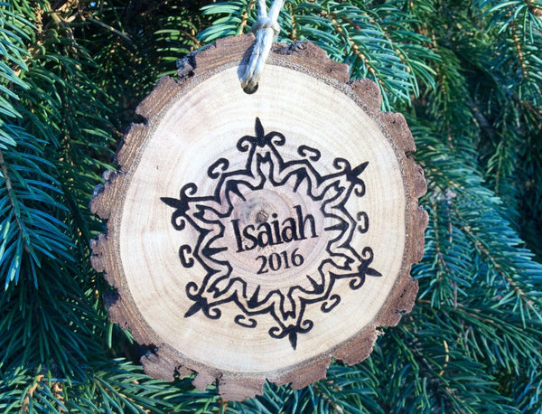 Personalized kids Christmas ornament custom engraved baby/name wood slice snowflake