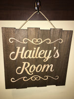Kids Room Sign Custom Girls Door Personalized Name Wood Sign Cute Wooden Wall Decor Nursery Decoration for New Baby Shower Gift Pallet Signs