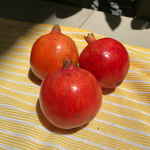 Load image into Gallery viewer, Pomegranates