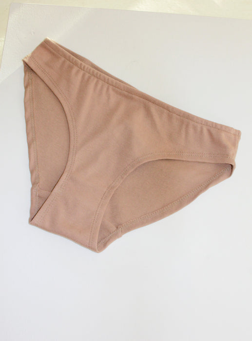 By Signe Basic Brief, Camel