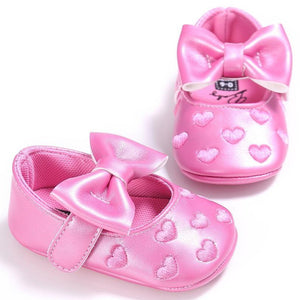 Newborn heart Princess Baby shoes Bow First Walkers Soft Bottom Baby Moccasins Pu leather Babies Prewalkers shoes