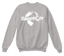 Load image into Gallery viewer, Globe Crewneck