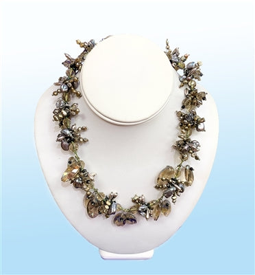 Victoria's Statement Necklace, 20 inches