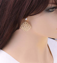 Load image into Gallery viewer, Eternal Pearl Statement Gold Drop Earrings