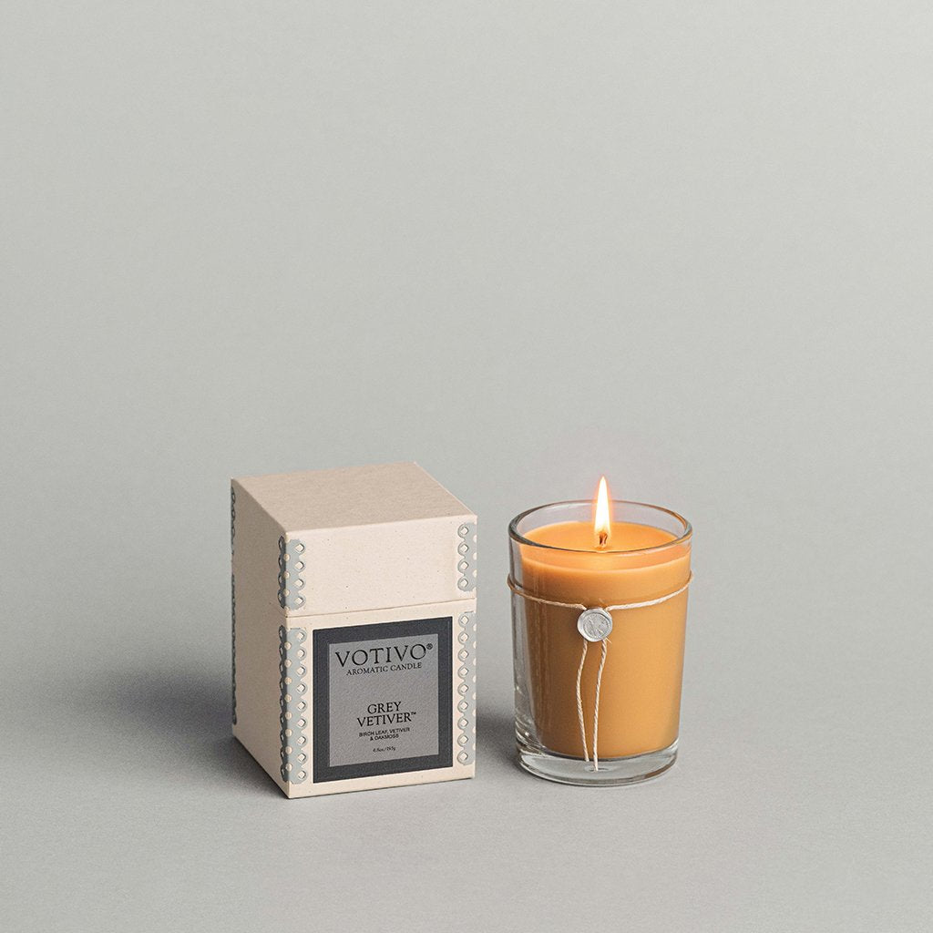 6.8 oz Aromatic Candle Grey Vetiver