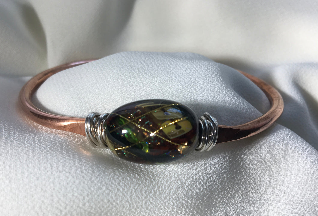 Copper bangle with Czech Glass Bead