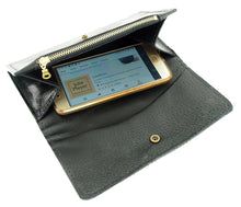 Load image into Gallery viewer, Women's Black Hair-on Cowhide Wallet