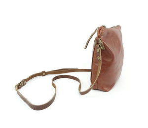 Crossbody Purse in Chestnut Brown Leather