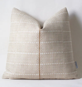 Natural Madu Pillow 22""