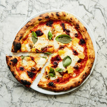 Load image into Gallery viewer, Nduja, pineapple & black olives (4 Pizzas)
