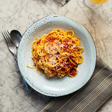 Load image into Gallery viewer, Amatriciana (Pork cheek, garlic, chilli, fresh tomato, basil) and spaghetti (Serves 2)