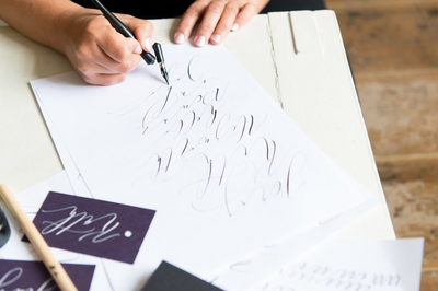 //INTRODUCTION TO MODERN CALLIGRAPHY// with Claire from Moon and Tide