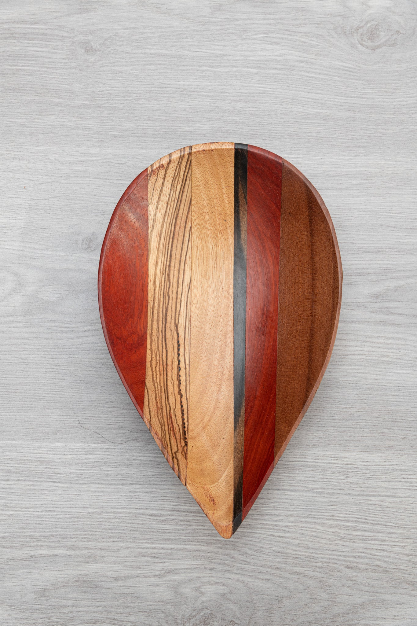 Leaf Plate - Cameroon - Pendza