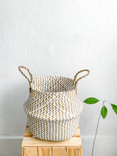 Load image into Gallery viewer, Balinese Seagrass Basket
