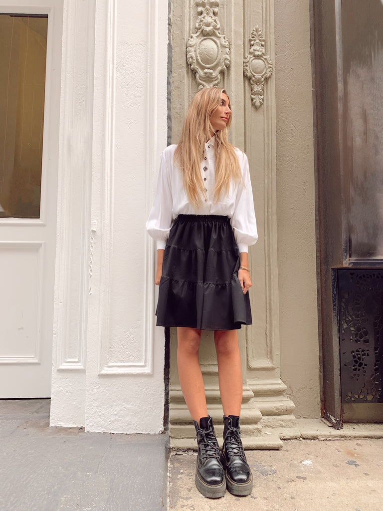 The Black Flirt Skirt *Mini*