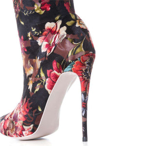 Oriental Beauty  - Over the knee traditional fashion boots