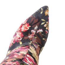 Load image into Gallery viewer, Oriental Beauty  - Over the knee traditional fashion boots