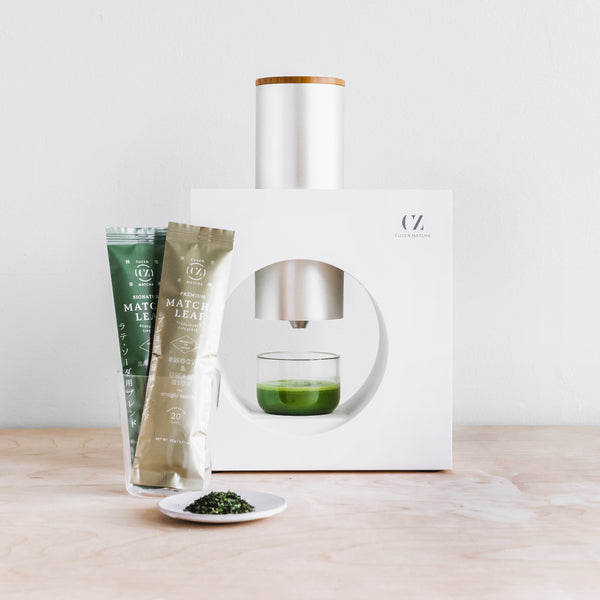 Matcha maker and matcha tea leaves