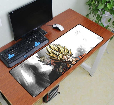 Tapis de Souris Dragon Ball <br/> Goku Super Saiyan (XXL)